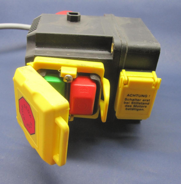Schalter-Stecker-Kombination (E/A und R/L)